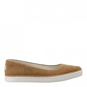 UGG Kami Slip On Trainers in Chestnut Brown